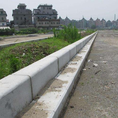 重庆路缘石工程